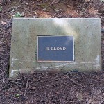 photo of plaque for H Lloyd